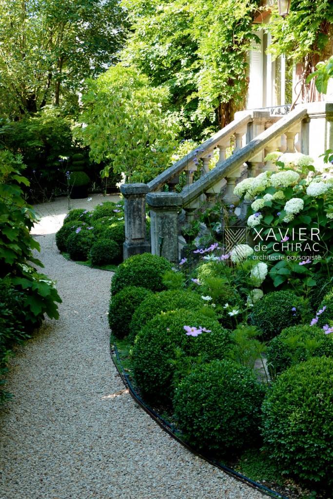 Jardin avec chambre de verdure